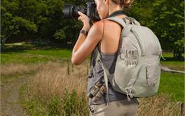 2017年八款100元内旅行必备的双肩摄影包排行
