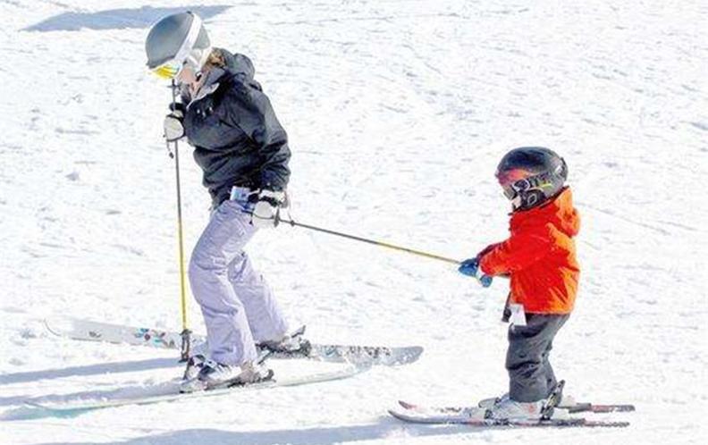 2018年九款500元内舒适耐用的儿童滑雪头盔排行