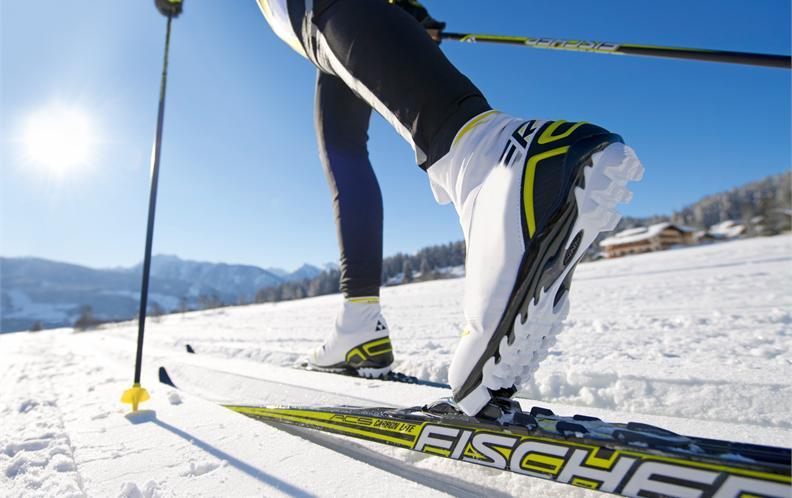 冰雪运动装备专题