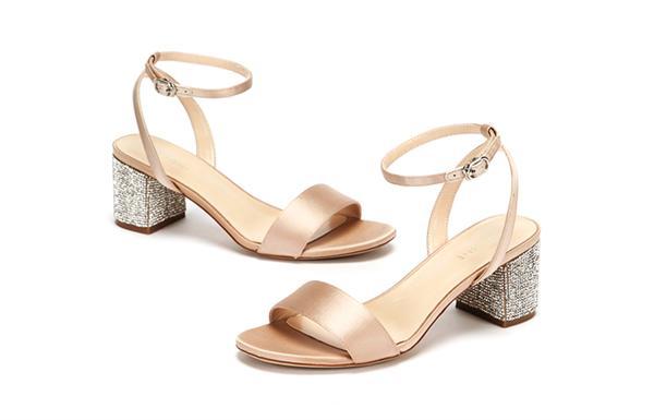 Daphne/达芙妮 一字带粗跟凉鞋