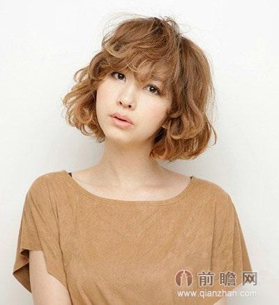 日本美女模特短烫发发型