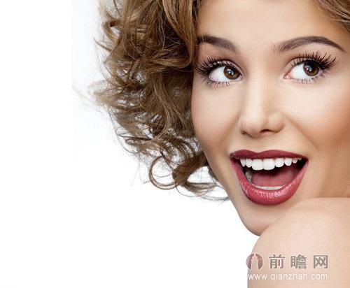 牙齿美白美女