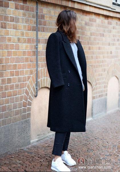 大衣运动鞋欧美时尚街拍图片