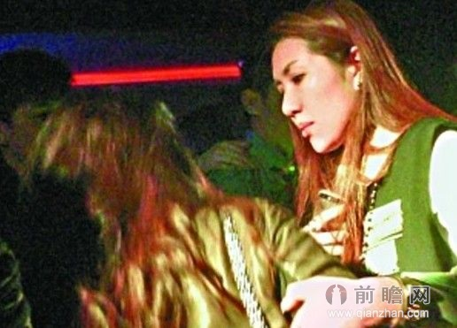 香港富二代集体夜蒲大尺度艳舞