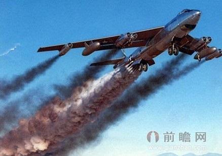 中国第一起民航飞机坠海事件