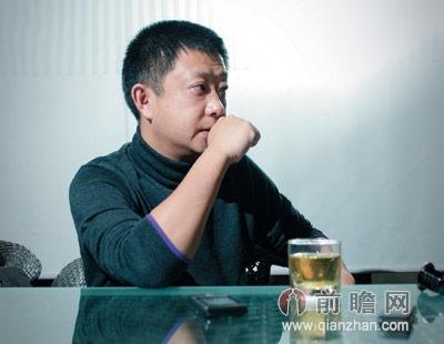 张勇/海底捞创始人张勇:创意缔造商业创奇建议学习乔布斯