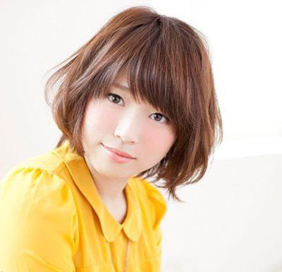 高颧骨女生短发发型推荐 减龄修颜变甜美小脸