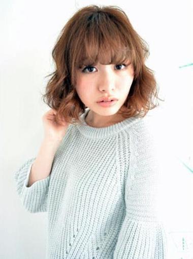 中长发波波头发型 圆脸女生瞬间修颜显瘦
