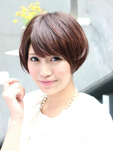 圆脸女生适合短发发型 小脸修颜甜美又可爱