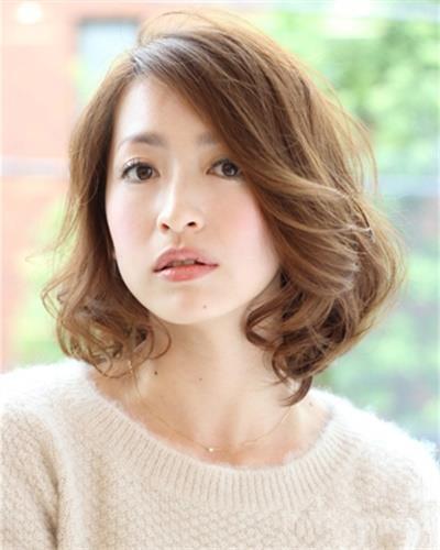 圆脸女生发型日本韩国日系韩范短发波波头卷发染发图片