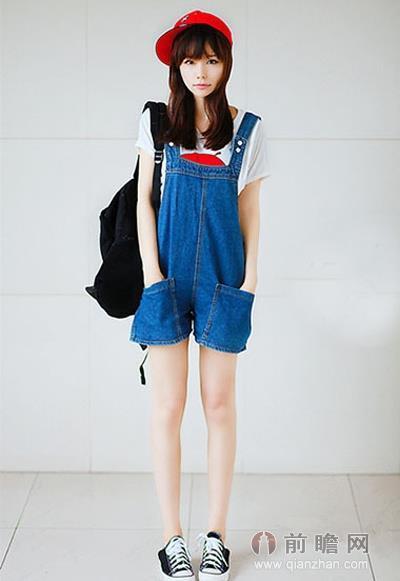 少女时代允儿穿背带裤 青春搭配俏皮最可爱