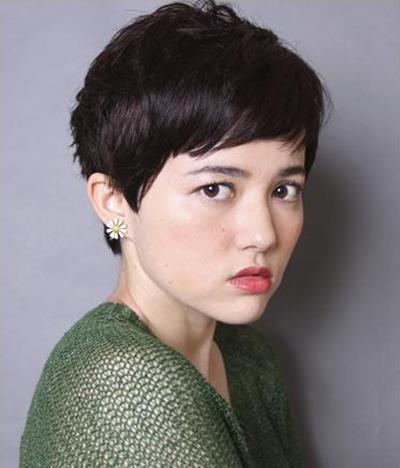 日系女生短发发型 百搭脸型显瘦时尚