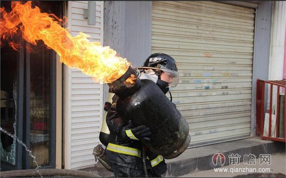 哈尔滨大火5名消防员牺牲 盘点最可爱的人留给我们的感动瞬间