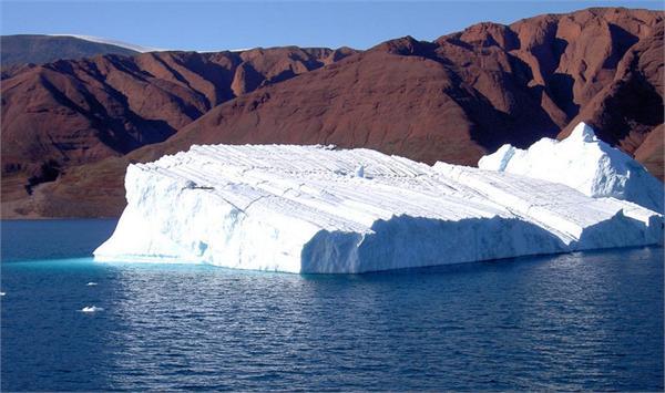 全球变暖!格陵兰岛的冰川融化将使海平面上升6米图片