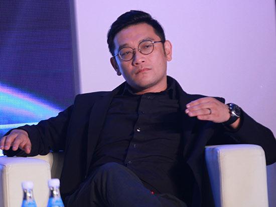 演讲者|贾伟(中国著名设计师,洛可可设计集团创始人,洛客创始人)