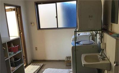 可怕!日本公司浴室藏摄像头