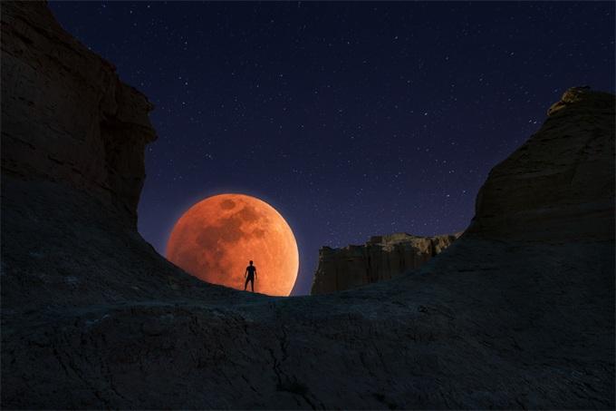 壮观!超级血狼月恰逢欧美非狼月现身超级红青少年邪恶的漫画图片图片