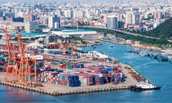 干货!2021年中国港口行业市场竞争格局——上港集团:企业布局四大业务板块