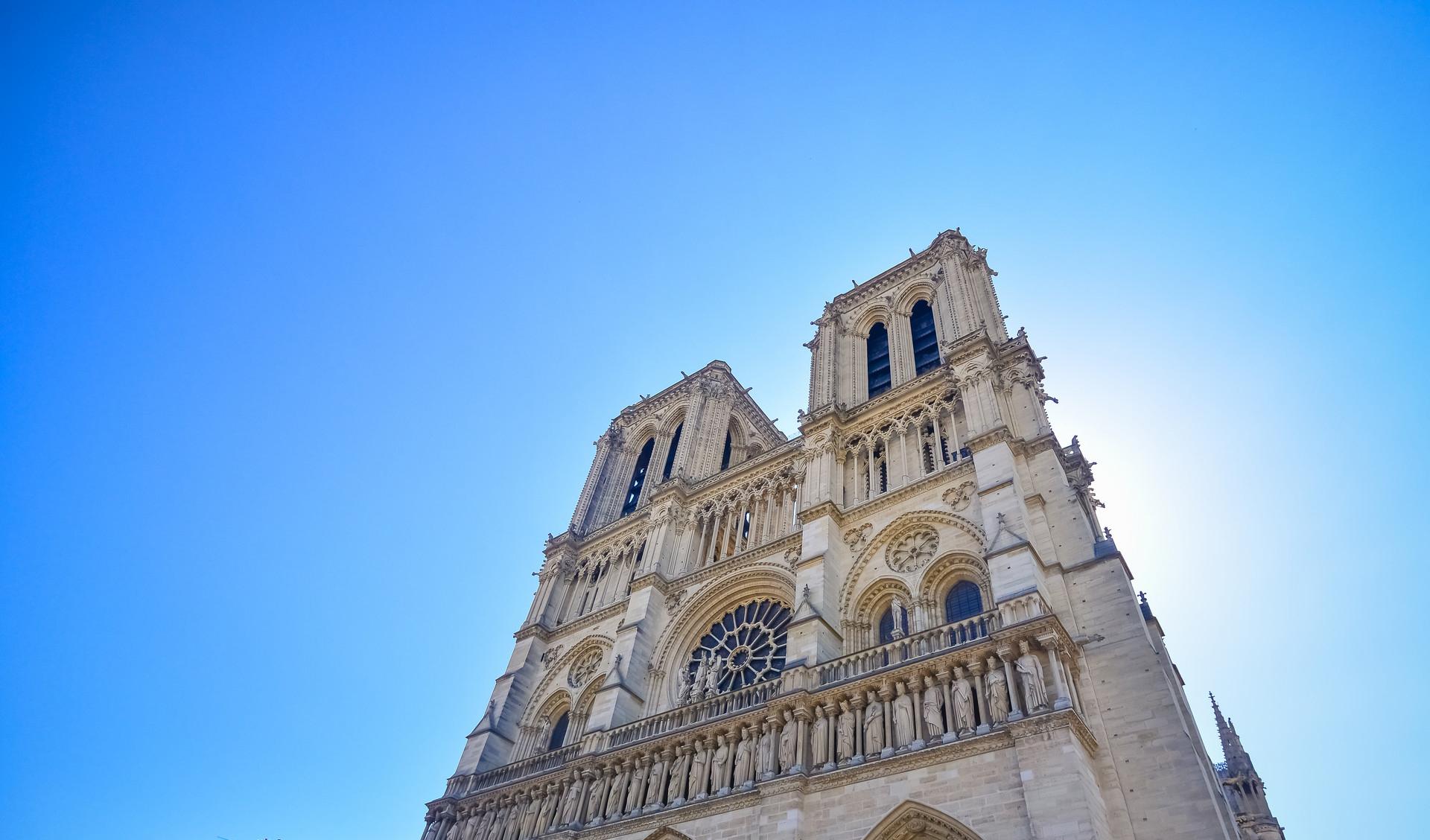 巴黎圣母院5年内修复:这些技术大展身手 大疆的无人机也上场了!