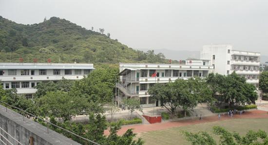 深圳市光明新区阳光学校