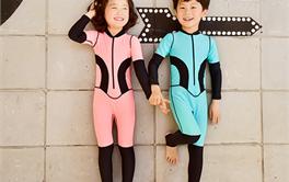 2017年九款防晒舒适的儿童水母衣推荐