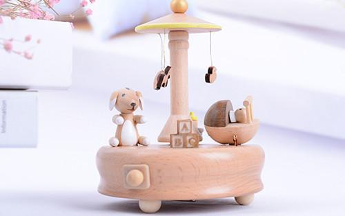 幸福音乐馆 木质音乐盒