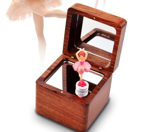 运韵 木质音乐盒