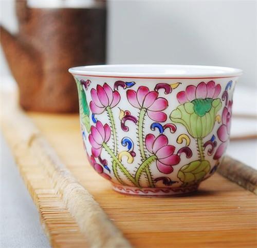 枭窑 景德镇陶瓷品茗杯珐琅彩中式粉彩荷花
