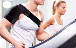 2017年十款舒适耐用的运动护肩护具排行