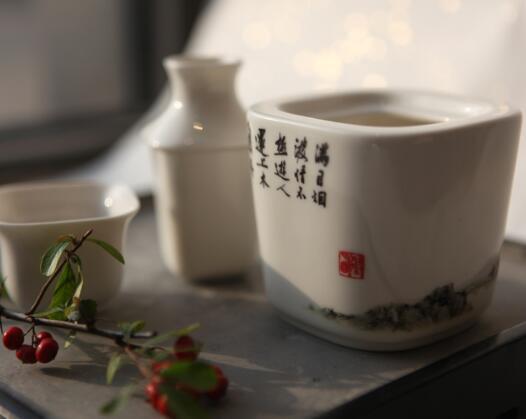 苏州博物馆 文徵明三绝图温酒壶套装