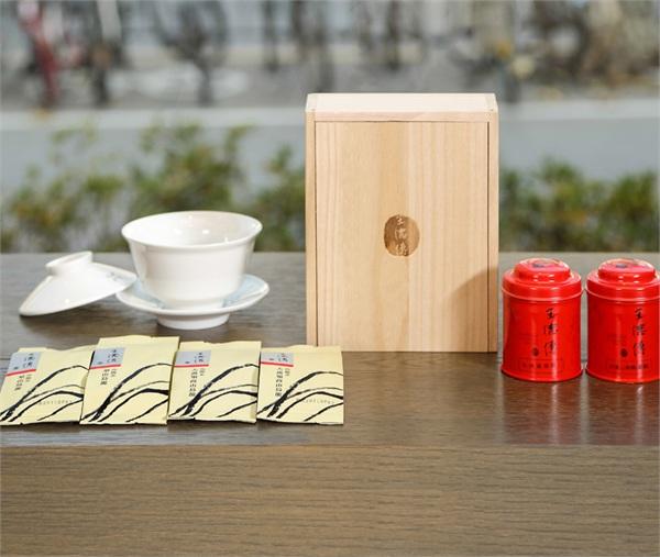 王德传茶庄高山乌龙茶叶礼盒