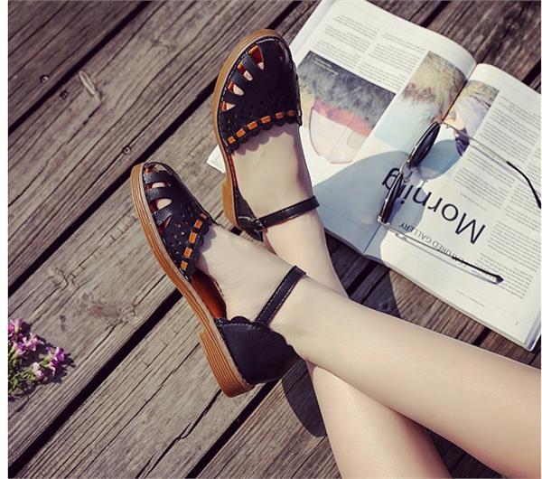 新主流 森女系平底凉鞋