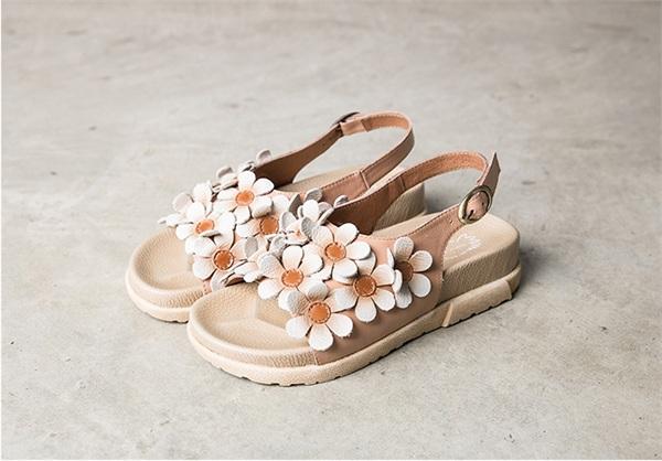 Mafe mato/玛菲玛图 花朵一字中跟凉鞋