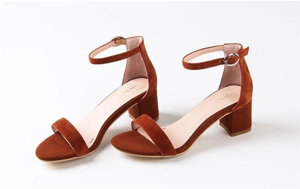夏黛尔·莲 真皮性感露趾一字带凉鞋