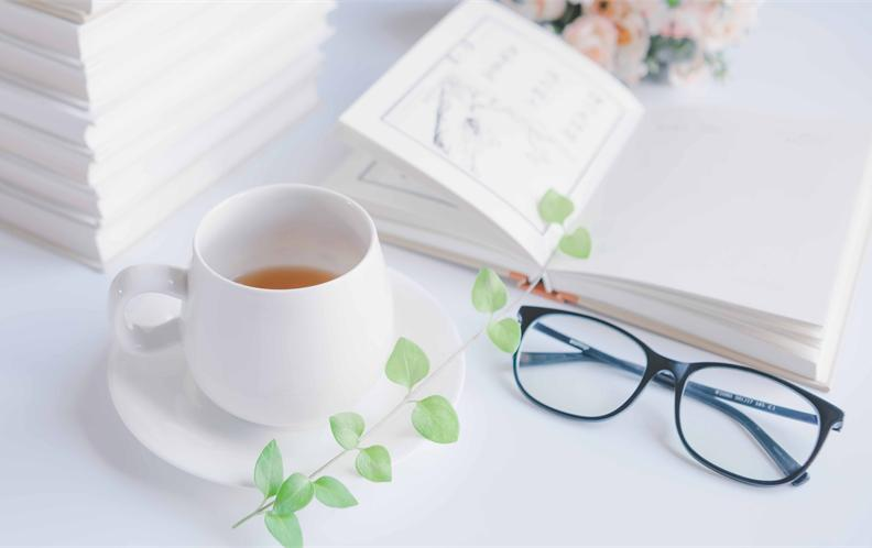 2018年100元内高性价比的眼镜框排行榜