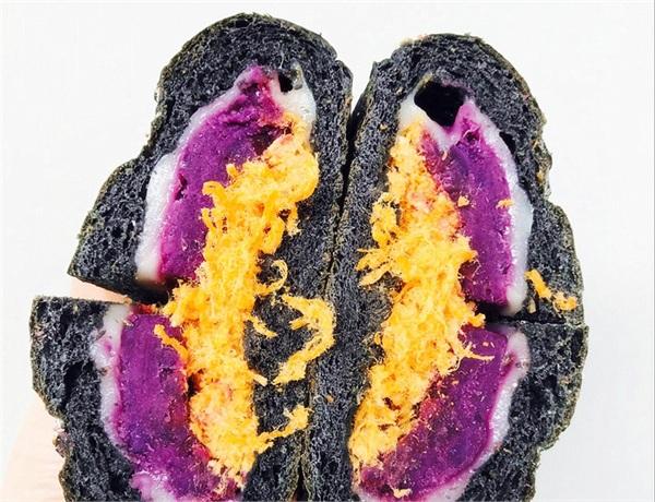 快乐时光饼屋 全麦竹炭紫薯肉松麻薯软欧无糖油
