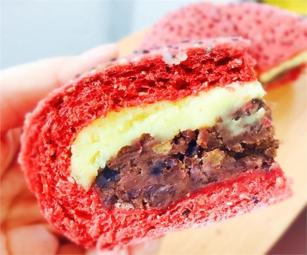 快乐时光饼屋 红丝绒椰奶芋泥豆沙全麦面包低糖低油低卡
