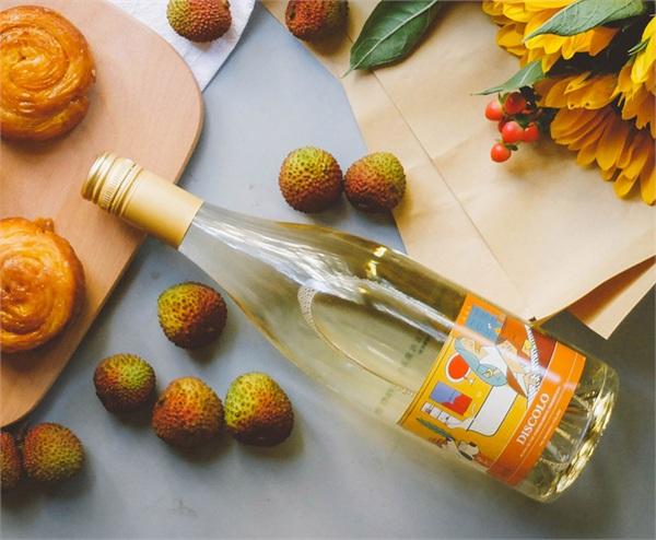 taller wine/萄乐 莫斯卡托甜白起泡酒