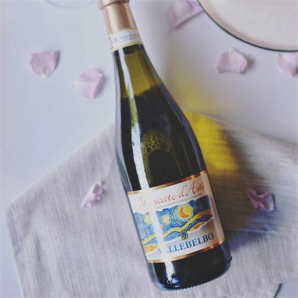 Vallebelbo/活士堡 夜空甜白莫斯卡托星空甜葡萄酒