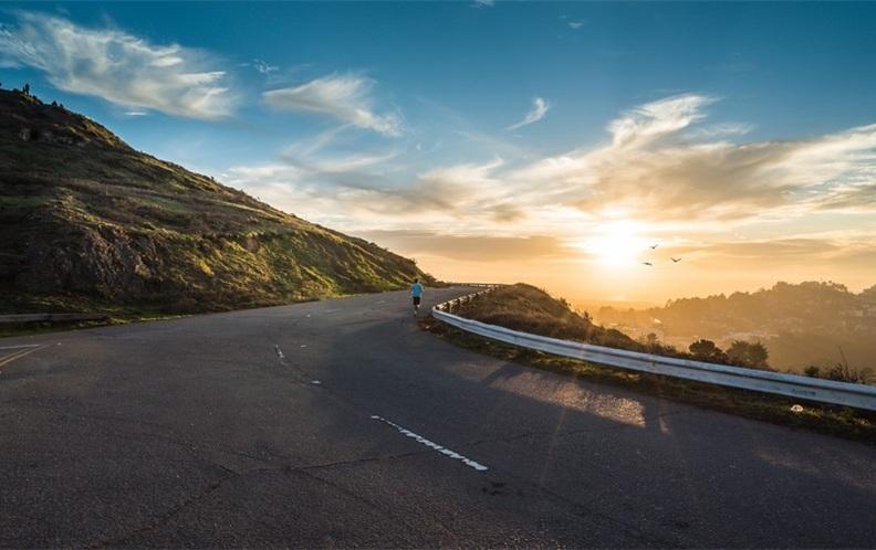 2019年十款耗油量少的油电混合汽车排行榜(上篇)