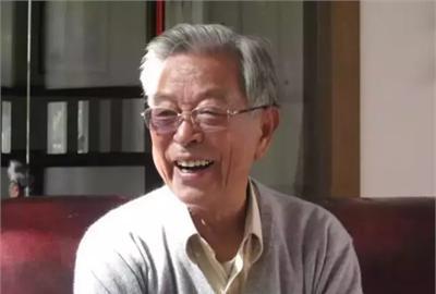 褚时健:71岁入狱 85岁东山再起身家过亿