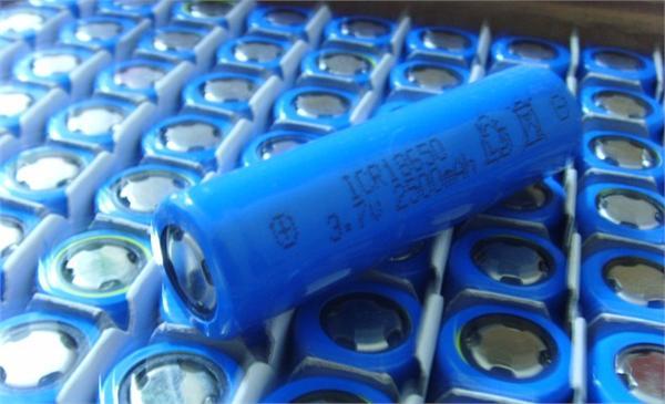 中国锂电池行业将居全球第一 锂电池行业需求与投资分析