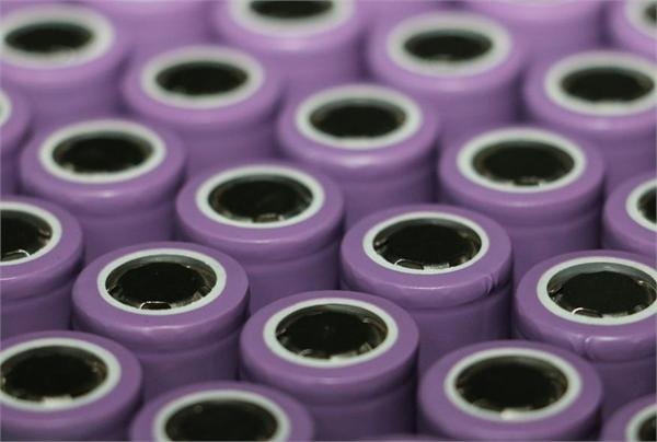 锂电池电解液酝酿大涨价 动力锂电池前景分析_研究报告 - 前瞻产业研究院
