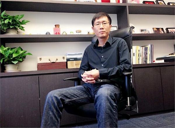 小米联合创始人刘德