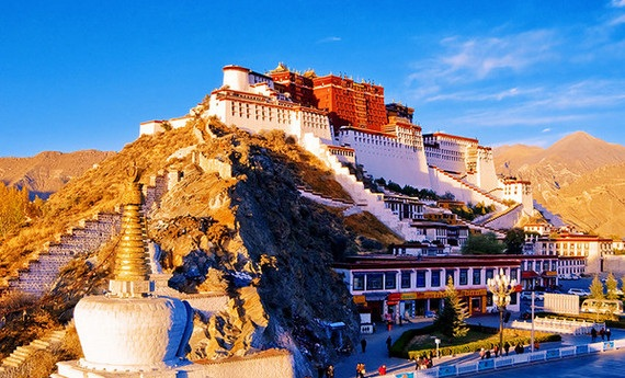 西藏特色小镇