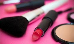 2016年全球化妆品市场规模统计及产品结构