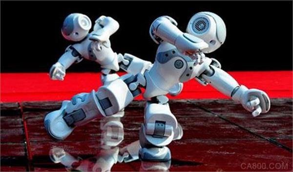 国内机器人产业集中在低端领域 打破瓶颈需政企合力