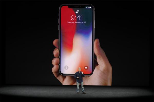 """苹果iPhone X让全球OLED屏变稀缺 中国高端手机遭遇屏幕""""断档""""危机"""