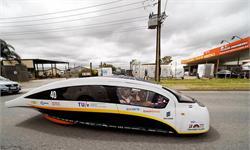 """可产生多余电力""""反哺""""电网 这种太阳能汽车或许是旅游出行的未来"""