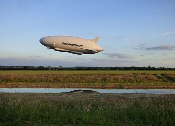 """未来感十足!全球最大飞机""""飞天屁股""""有望明年豪华上线 将为旅客提供全新空中环游体验"""